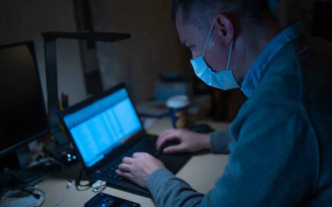 Verbreitung der Piraterie und Hacker während des Ausbruchs vom Corona-Virus in Europa