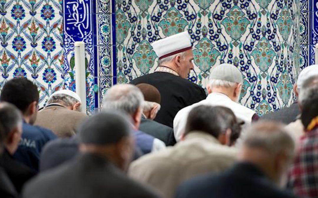 Bekämpfung des Extremismus in Deutschland: Imam-Ausbildung für Eindämmung der äußeren Einflüsse